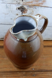 Large One Gallon Pitcher in Brownstone
