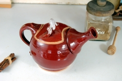Sprouted Red Agate Teapot