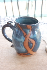 Slate Blue Mug with Rust Chain Design