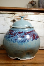 Speckeled Lidded Jar or Urn