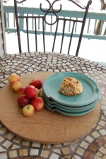 Round Lunch Plate in Turquoise